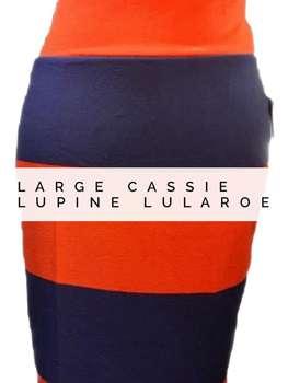 Cassie (L)